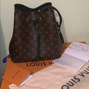 Louis Vuitton Neonoe MNG Noir bag ***Like New***